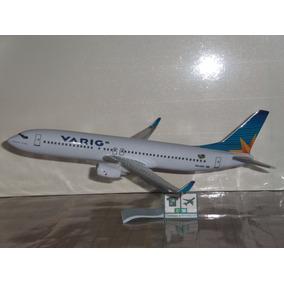 Avião Boeing 737 Varig Vrg 1:141 Miniatura Maquete + Bandeja