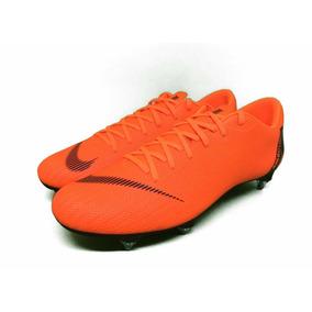 4bb3e64da8 Chuteira De Travada Nike - Chuteiras no Mercado Livre Brasil
