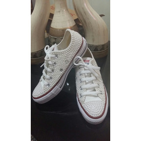 All Star Customizado Perola - Converse Casuais para Feminino no ... 52df6d33c1