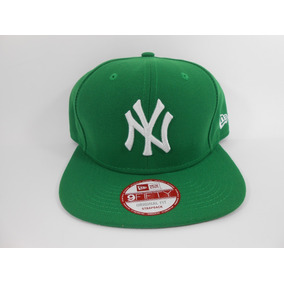 Boné New York Yankees Básico New Era 9fifty Azul Snapback - Bonés ... 5d9b795b195