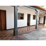 Casa En Renta En Calzada Snta Lucia Antigua