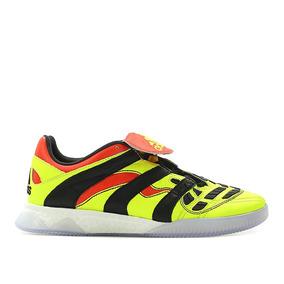 Zapatillas De Futbol Adidas Predator - Vestuario y Calzado en ... ba6bb618abbbb