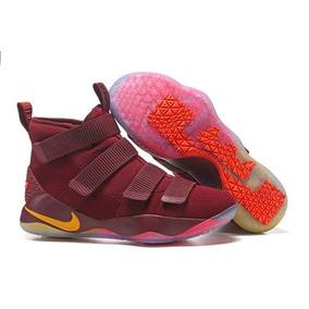 826efe2f Lebron Soldier X - Zapatos Nike de Hombre Negro en Nueva Esparta en ...