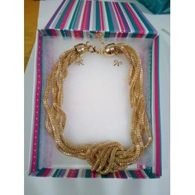 Collar Dorado De 5 Hilos Anudado En El Centro