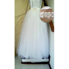 503fcd732f7 Saia De Tule Branca Para Noiva - Saias ao melhor preço no Mercado ...