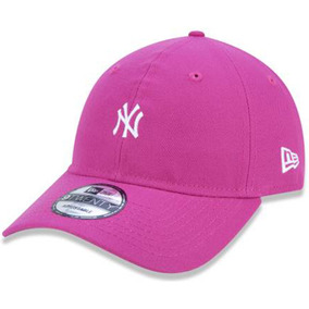 aea6b2b4f0f40 Boné New Era 920 New York Yankees Neon Beetroot Rosa 9twenty · R  139 99