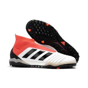 f300f7dd3d Chuteira Society Adidas Predator - Chuteiras Adidas de Society para ...
