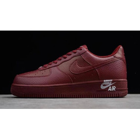 Zapatos Nike Air Force One 07 Color Vino Mujer