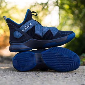 6332a20fb17 Lebron James Tenis China - Tenis Nike Azul en Mercado Libre México