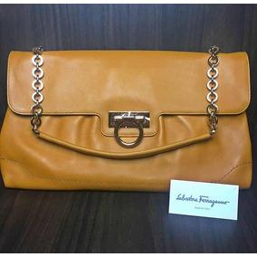 Bolsa Salvatore Ferragamo Ótimo Estado Itália - Calçados, Roupas e ... c28645a2e5
