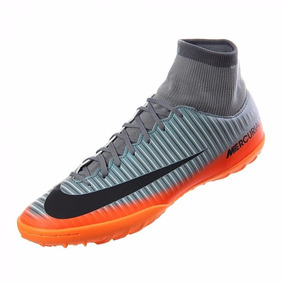 official photos 39dab 5e03f Bota Multitaco Nike Mercurialx Victory Vl Cr7 Df Fg