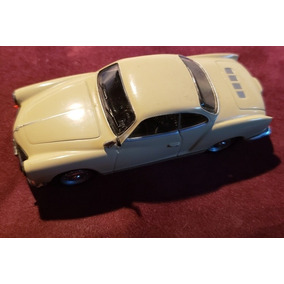 Karmann Guia Schucco, Miniatura, Bege, 1965 2,5 X 4 X 9.5