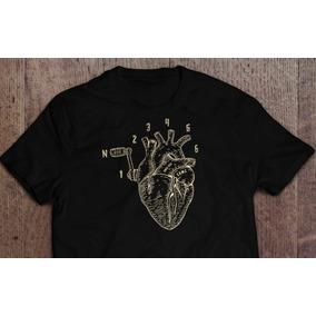 Playera Negra Diseño Corazón-motor 1n23456