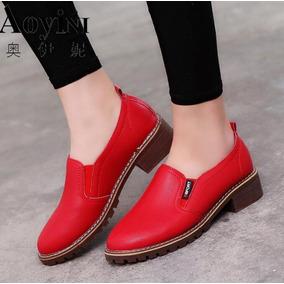 feef310eac5 Zapatos Casuales En Cuero De Tacón Bajo Cómodos Y Elegantes