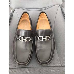 Lindo Sapato Salvatore Ferragamo Originalissimo - Sapatos no Mercado ... ac51b16b1a