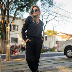 Conjunto De Moletinho Feminino Calca E Blusa - Calçados, Roupas e ... af517316c3