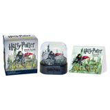 Harry Potter( Snow Globe And Sticker Book)