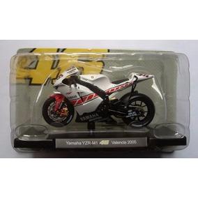 Yamaha Yzr M1 V. Rossi Moto Gp Valencia 2005 1/18 R1 R6 Sbk