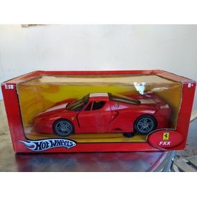 Ferrari Fxx Escala 1:18 Hot Wheels