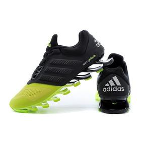 ... 351054b729b Adidas para Masculino Amarelo no Mercado Livre Brasil   395af086ddd Tenis ... 0666649c197ab