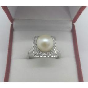 39faa783a6c8 Anillo De Oro Blanco 18k Con Brillantes Y Perla Cultivada