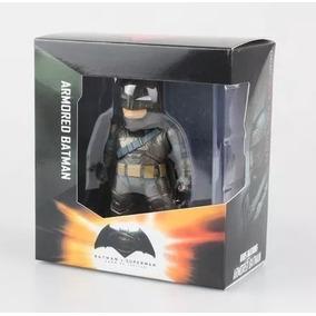 Boneco Batman Armored - Batman Vs Superman