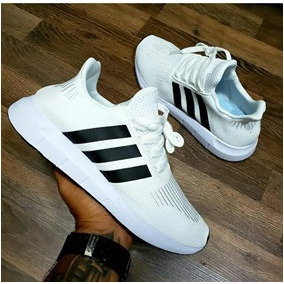 uk availability b3a4e f35ac Tenis Zapatillas adidas Swift Run Hombre