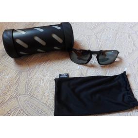 Oculos Oakley Badman Polarizado Iridium De Sol - Óculos no Mercado ... 9f76ebed97