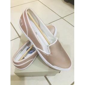 Preciosos Zapatos Casuales Lacoste, Color; Rosa Metálico