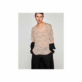 bbf83a4132f5 T Shirt Zara - Calçados, Roupas e Bolsas no Mercado Livre Brasil