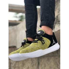 534aabd9 Bota Nike En Cuero - Ropa y Accesorios en Mercado Libre Colombia