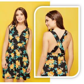 Vestido largo negro con flores amarillas