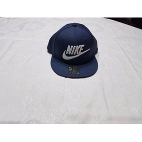 Gorras Visera Plana Nike Blanca - Accesorios de Moda en Mercado ... 2aeaff03c67