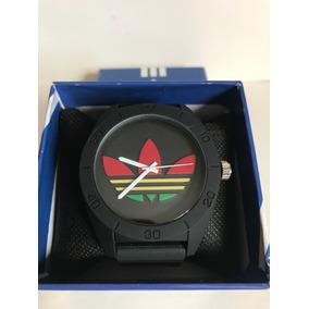 super popular c03c0 13665 Reloj adidas Originals Analogo Unisex Negro Silicon