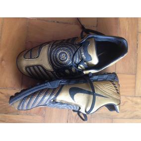 0aaa706f41 Chuteira Nike 90 P  Campo Sintético (anericana Us 10  Br 42)