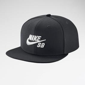 Gorra Nike Snapback - Ropa y Accesorios en Mercado Libre Argentina f0b0d9cee3a