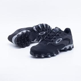 Tenis Oakley Caveirão Masculino - Calçados 7d26495f53a