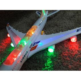 Avião Jumbo Brinquedo Grande 60x60 Luzes E Som E Movimento