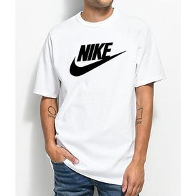 d8f8d522ea Camisas Estampadas De Desenho Da Marca Nike - Camisetas no Mercado ...