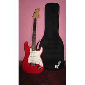 Guitarra Eléctrica Squier Fender, Nueva Con Su Estuche.