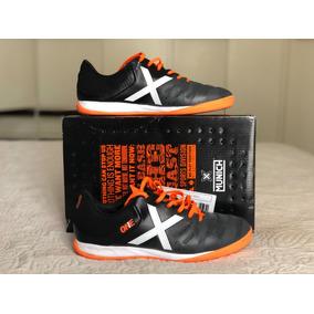 e7f6605696c24 Tenis Munich Futsal One - 40 26.5cm - Preto laranja
