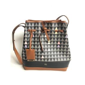 551cce23fb Bolsa Schutz Triangle Mini Bucket - Bolsas no Mercado Livre Brasil
