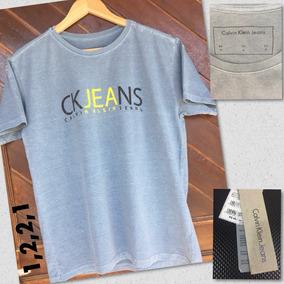 Kit De Camisetas 4 Peças