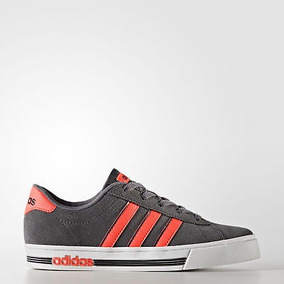 check out e6f68 911b8 Zapatillas adidas Daily Team Shoes Para Niños