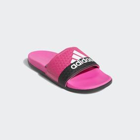 a29a8263bdb Chinelo Benassi Adidas Tamanho 30 - Chinelos no Mercado Livre Brasil