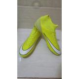 Chuteira Profissional Nike
