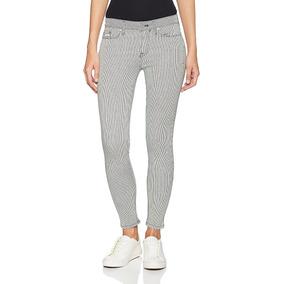 Jeans Calvin Klein Rayas