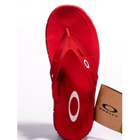 Chinelo Da Sthill Modelo Do Primeiro Chinelos Oakley - Calçados ... 0de79cbc2e