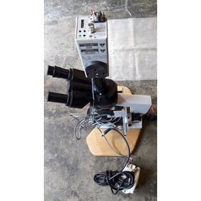 Microscopio Con Su Camara Digital