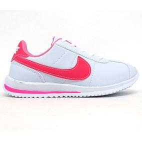 Nike Cortez Feminino - Tênis no Mercado Livre Brasil 6f0b0984fd626